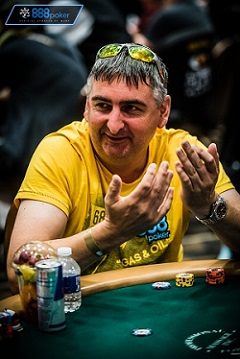 WSOP Main Event Qualifier Neil Box is Having a BLAST 102