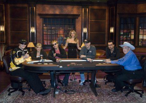 «Poker After Dark» - новое впечатляющее шоу с ведущей Shana... 101