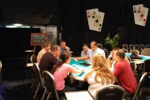 """Kurze Zusammenfassung der """"Ersten Wiener Pokermeisterschaft"""" 101"""