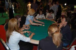"""Kurze Zusammenfassung der """"Ersten Wiener Pokermeisterschaft"""" 102"""