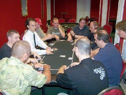 Starker Final Table beim 2. Rhinepoker Bankroll Tournament 101