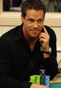 PokerNews intervju – Patrik Antonius 1/2 103