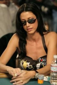 Poker igralka Shannon Elizabeth 102