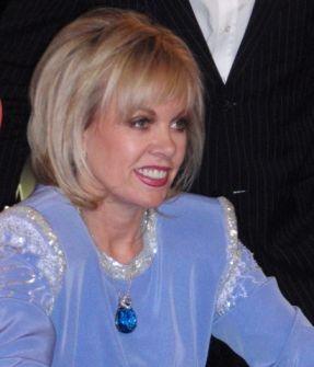 Mulheres em Foco: Brilho no Bellagio Five Star 101