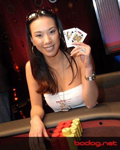 Az Asian Poker Tour Manilába Viszi a Sztárokat 101
