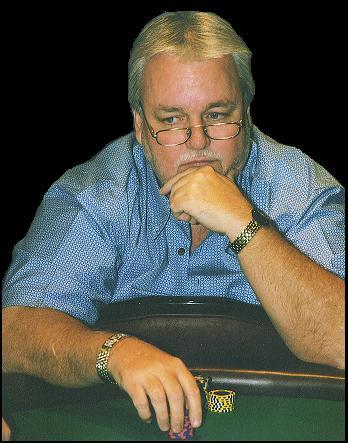 """A Esquina de Sexton Vol.48:  Russ Hamilton Campeão WSOP 1994, """"Intervenção... 101"""