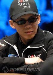 Иван Демидов на финальном столе WSOP Main Event, в игре... 102