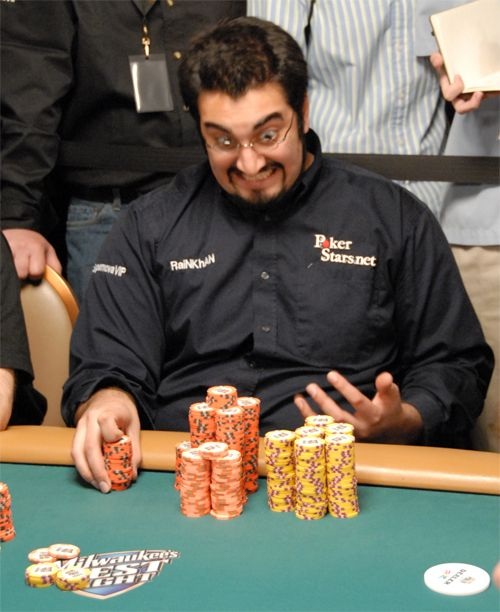 Perfil PokerNews: Hevad Khan 101