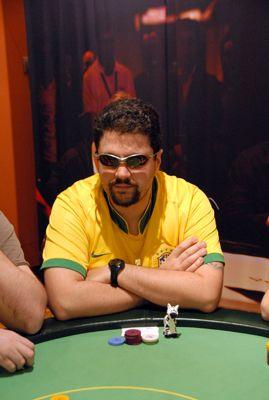 """Entrevista PokerNews: Fábio """"Deu_Zebra"""" Monteiro 101"""