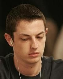 """Senaste nytt – PokerStars 25 miljarder händer, """"durrrr Challenge"""", Helppi till... 101"""