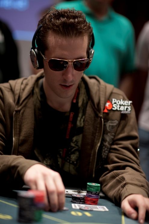 Entrevista PokerNews - Bertrand 'Elky' Grospellier 101