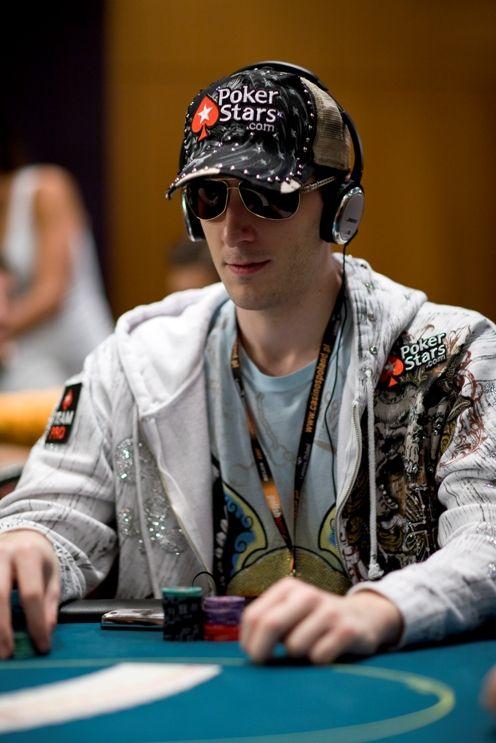 Bertrand 'Elky' Grospellier: «Jeg kan slå hvilket som helst felt» 102