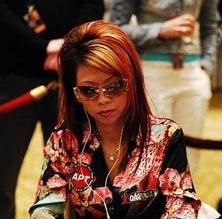 PokerNews Top10 - Os 10 Mais Fashion 108