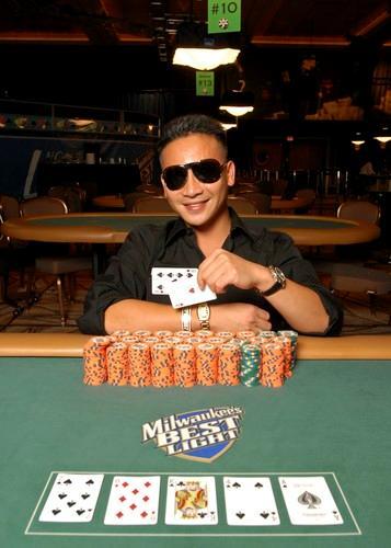 Lendas do Poker: John Phan 101