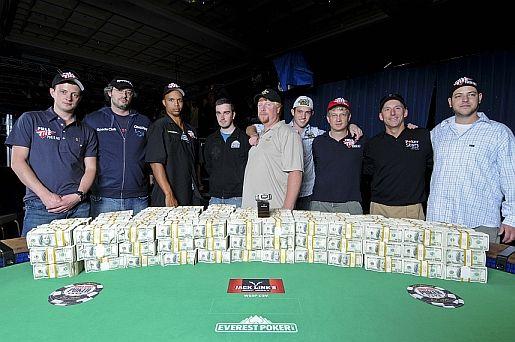 The 2009 November Nine.  (Photo courtesy IMPDI for WSOP 2009.)