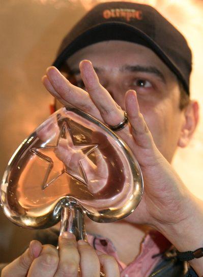 победителят Cristian Dumitrescu