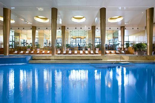 Crown Spa oczywiście też ma basen!