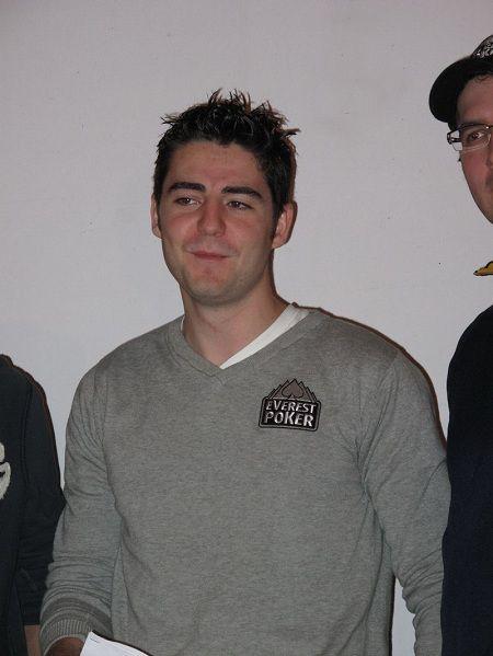 """""""Elflacokanu"""", recién investido como miembro del Team Everest Poker"""