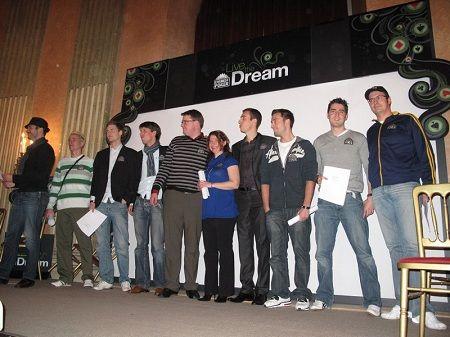"""Una imagen de todos los seleccionados en Viena. Dos miembros de """"From Flop Turn The River"""" serán embajadores de Everest Poker, una de nuestras salas favoritas"""