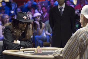 Sólo dos jugadores en pie al final de un torneo... Una de las más bonitas situaciones del poker
