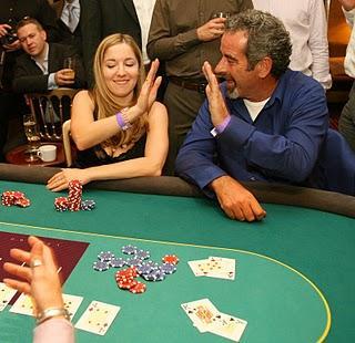Exkluzív 00 ADDED PokerNews verseny a Betfair Poker termében! 101