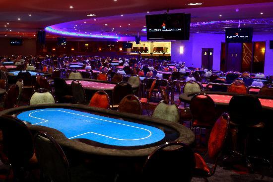Dusk Till Dawn покер клуб