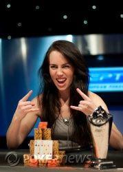 Początek kobiecej dominacji w pokerze! 101