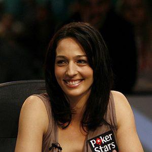 PokerNews Teleexpress - Galfond na PokerStatic, Kara Scott kocha bloggerów 102