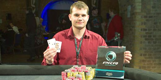 Kis hírek a nagy világból: Vasvenszki Gábor a PKR Live bajnoka, A Full Tilt Poker a... 101