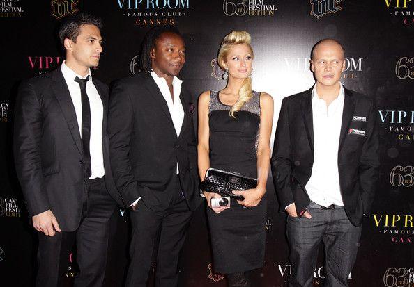 Ilari Sahamies на червения килим заедно с Paris Hilton 101