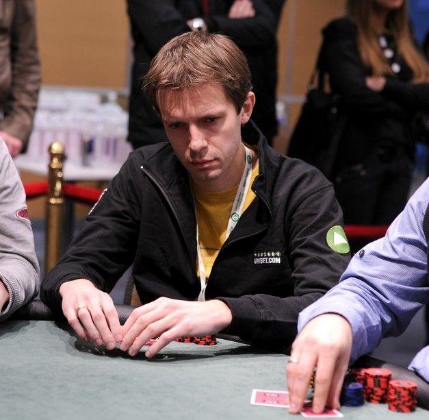Sportinio pokerio žaidėjai šturmuoja Kauną! 101