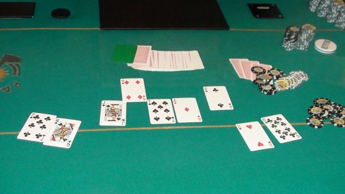 The final hand.