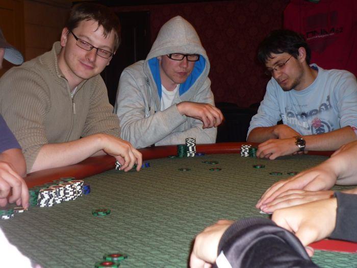 Pirmąjį Pajūrio pokerio klubo draugišką turnyrą laimi - Laurynas Pielikis 103