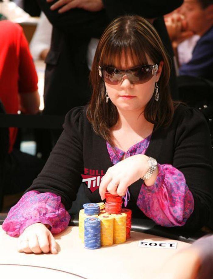 Annette leverer sin sin beste WSOP turnering til nå, 14 igjen og Annette er med. 101