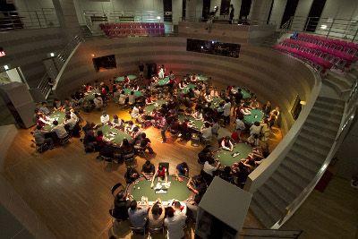共有150位玩家参赛了东京扑克巡回赛的首届赛事