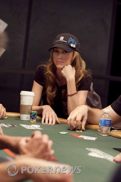 The Weekly Turbo: France Grants Online Poker Licenses, Poker Pros Get Sponsored, and More 102