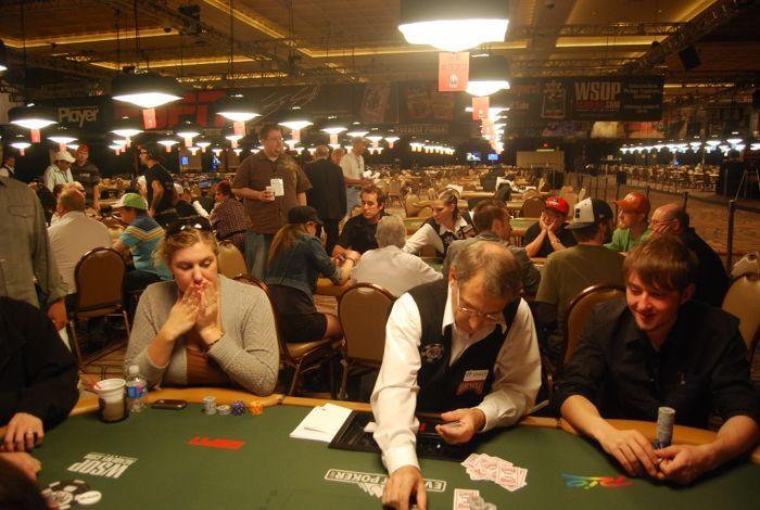 WSOP 2010 Turnyro Nr.58 apžvalga 101