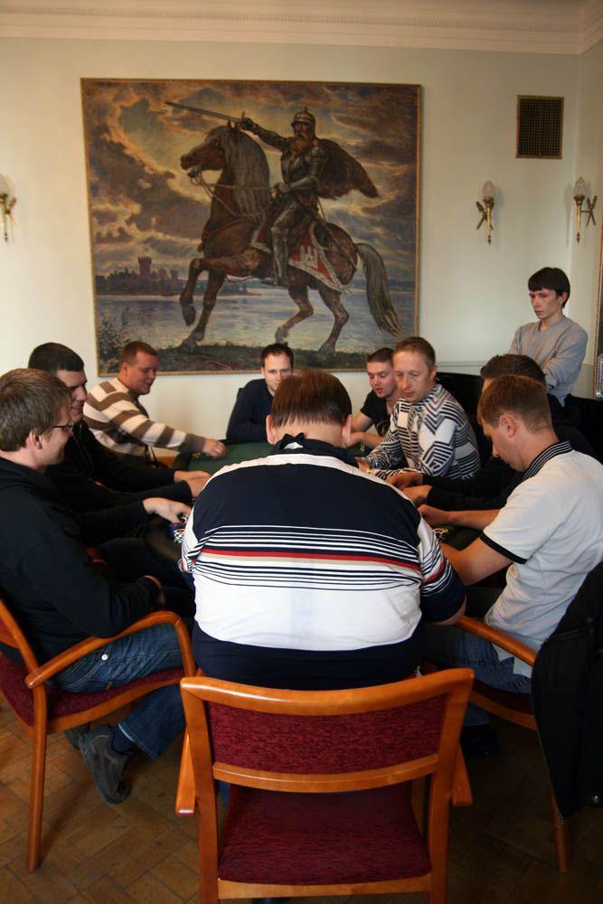 Prie 6-ojo Kauno regioninio turnyro finalinio stalo - 4 draugai 101