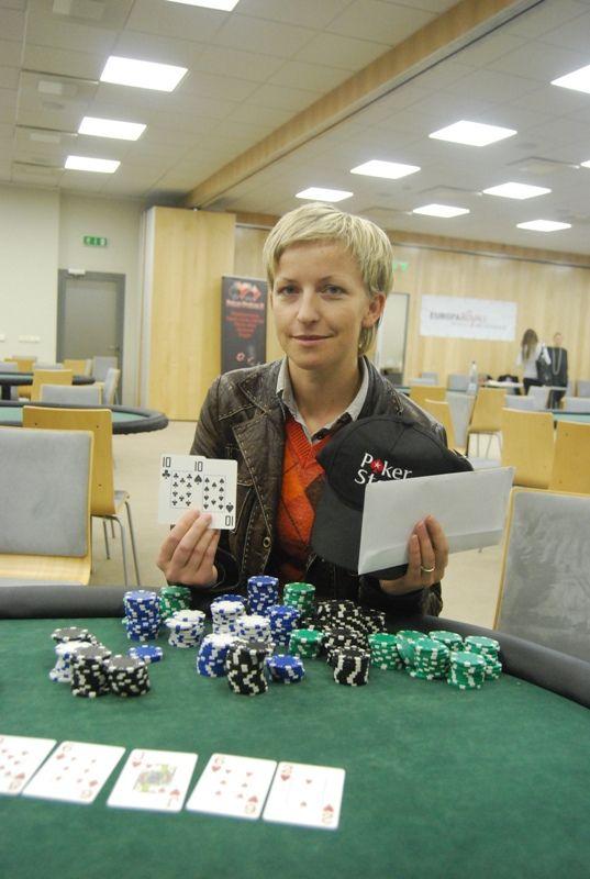 Antrųjų pusių turnyro nugalėtoja