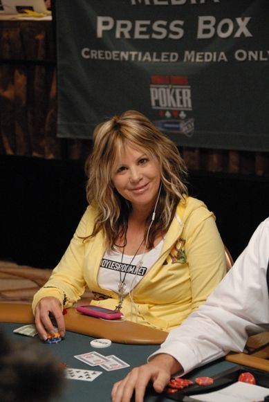 Покер легенди: Синди Вайлет 101
