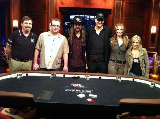 Menuda pandilla... muchos quilates de poker concentrados