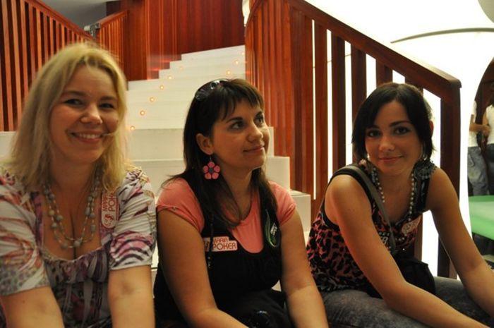 Kairit Leibold, Elena Vareiko ja Evely Ventsli Valencias - kas siin istub tulevane Eesti meister?