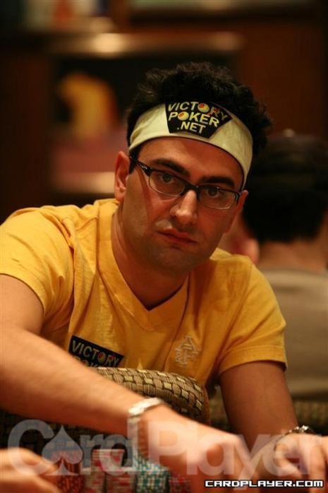Antonio Esfandiari, 7년 만에 다시 WPT 파이널 테이블에, Vanessa Rousso 칩리더 101