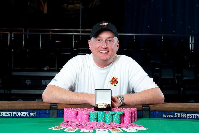Фрэнк Кассела в 2010 году выиграл $1,263,596