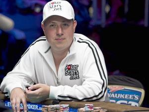 Владимир Щемелев в 2010 году выиграл $1,144,617