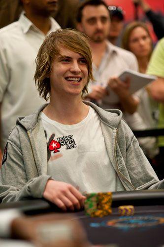 Виктор Блом усмихнат Снимка Pokerstarsblog.com