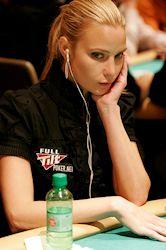 Ne visai nopietni: Skaistākās sievietes pokerā 101