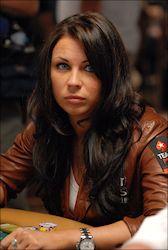 Ne visai nopietni: Skaistākās sievietes pokerā 102