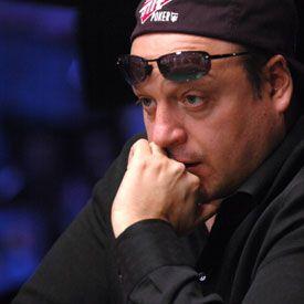 Najboljih 10 aktuelnih poker igrača su? 107