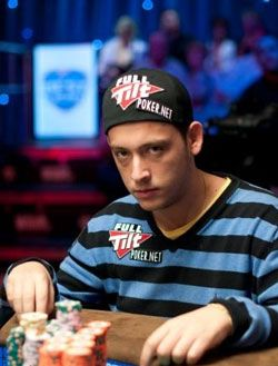 10 najboljih ruka na Main Eventu World Series of Poker 2010. 101